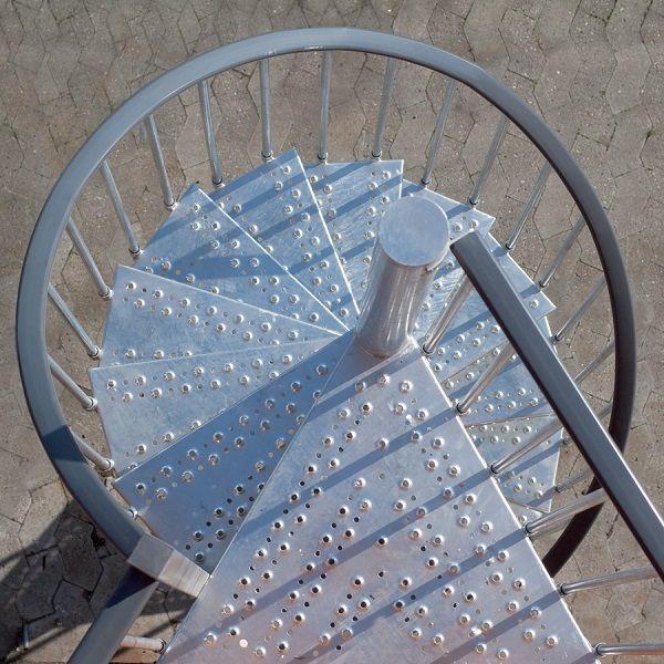 Винтовая лестница для улицы Toronto, диаметр 155 см