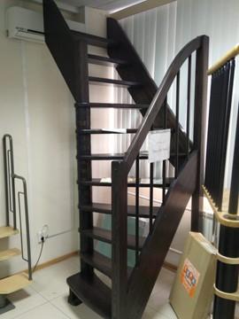 Лестница в наличии в шоуруме