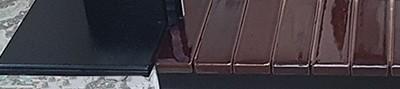 Электрокамин угловой Арочный Грот цветной/Венге с очагом Fobos black