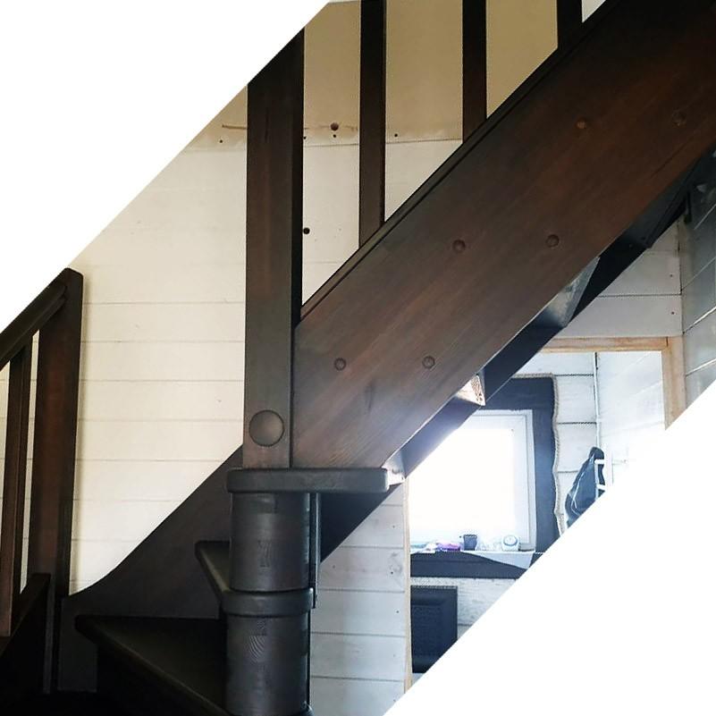 Лестница из сосны ЛС-225м Правая NEW