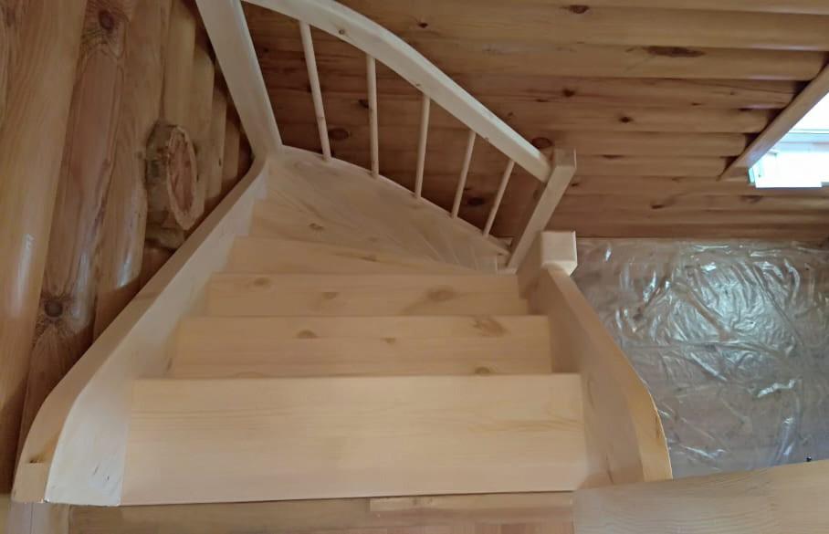 Лестница из сосны  ЛС-91м +2 (Вариант №3) Левая